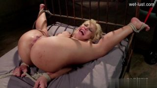 18 year old pussy  anal squirt