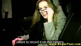 Backseat blowjob for the taxi driver