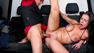 BUMS BUS – Texas Patti riding cock in the backseat of a German van
